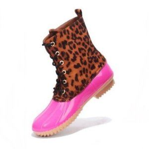 Leopard & Pink Lace-up Faux Leather Duck Boots